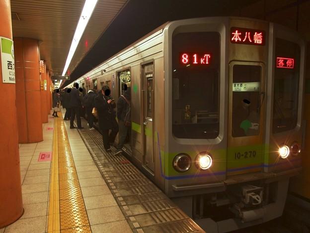 都営新宿線西大島駅2番線 都営10-270F各停本八幡行き