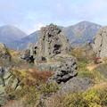 写真: 妙高山から焼山と火打山を望む