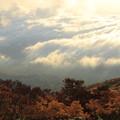 Photos: 雲海と紅葉
