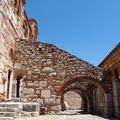 写真: オシオス・ルカス修道院