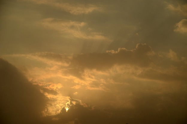 写真: The Clouds 4-1-17