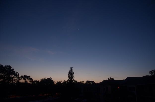 写真: Blue Hour II 8-21-17
