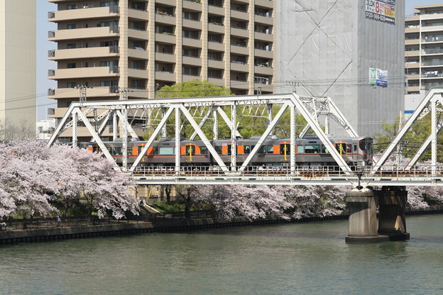 大阪環状線 323系