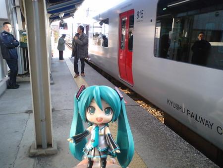 ミク:「牧駅に到着です。マスター、ゲーセンまでの道、覚えてますか...