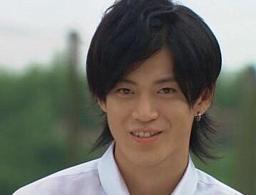 【107枚】小栗旬の髪型(ヘアスタイル)の画像写真まとめ