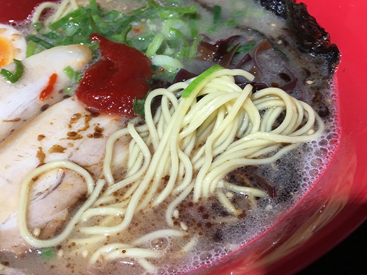 ホンダラーメンの麺