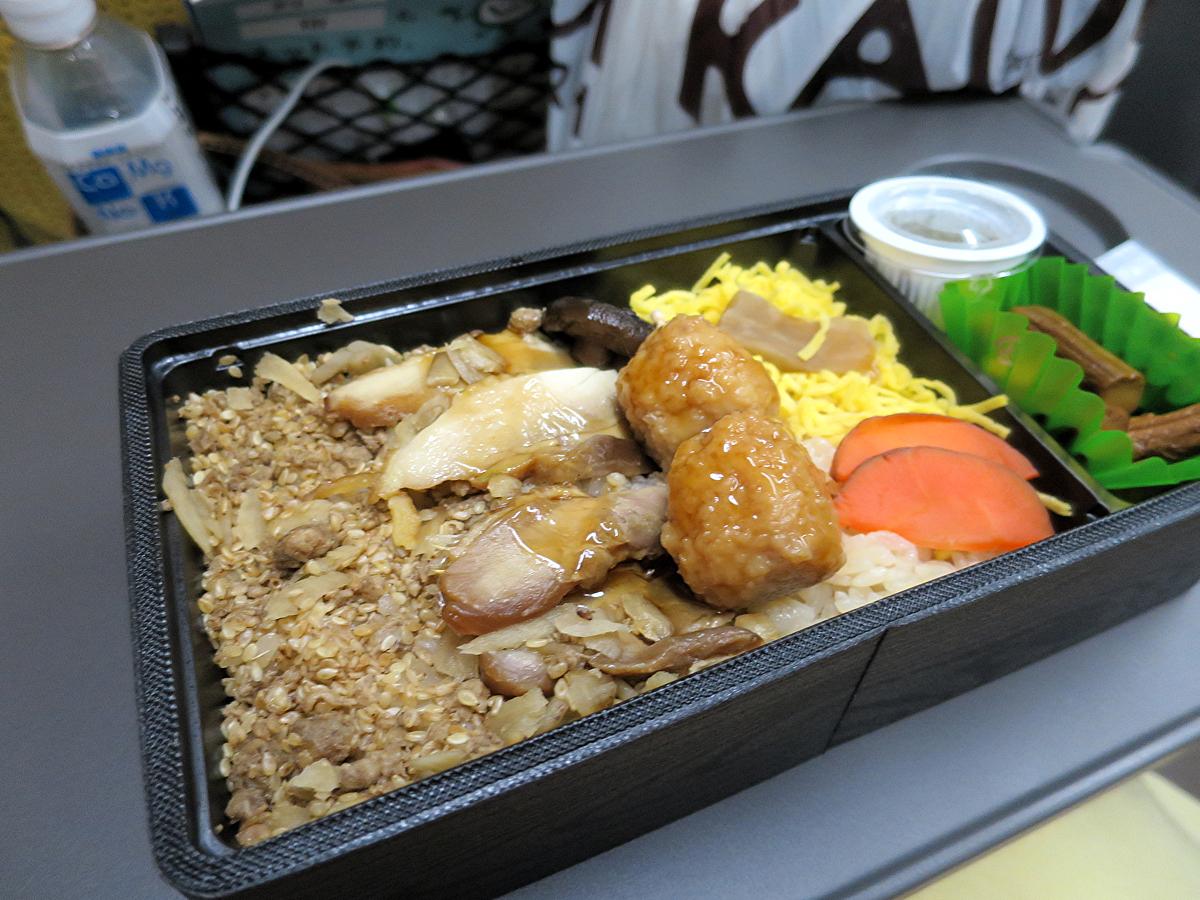 鶏飯弁当2-1