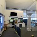 写真: ターミナルの売店