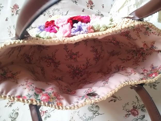 お花ブーケで飾ったアンダリヤバッグ
