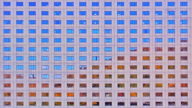Photos: 窓は大きなキャンバス