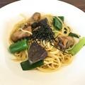 Photos: 広島産牡蠣と松茸と九条ネギの和風スパゲッティ