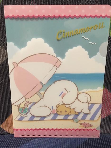 セブンイレブン限定 シナモロール クリアファイルプレゼント