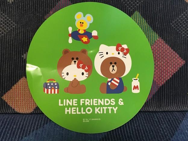 サンリオBIGステッカー LINE FRIENDS & ハローキティ