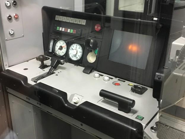 キハE130系 運転台