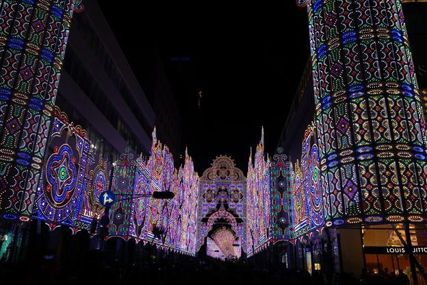 神戸ルミナリエフロントーネ光のエントランス