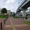 駅前の高架