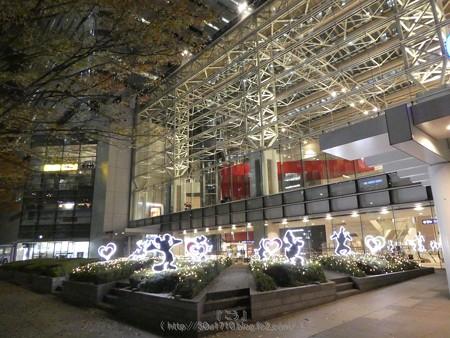 171129-クイーンズスクエア クリスマスイルミ (1)
