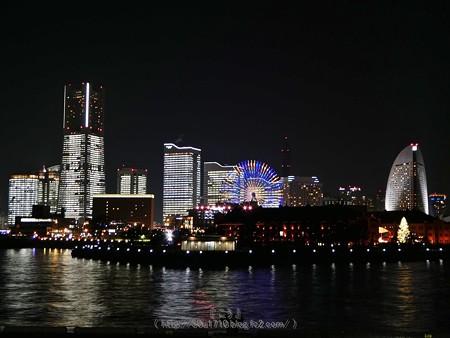 171222-みなとみらい全館点灯 大桟橋 (26)