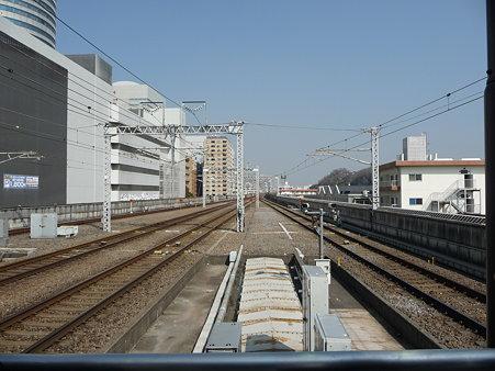 100224-新幹線 新横500下り 到着