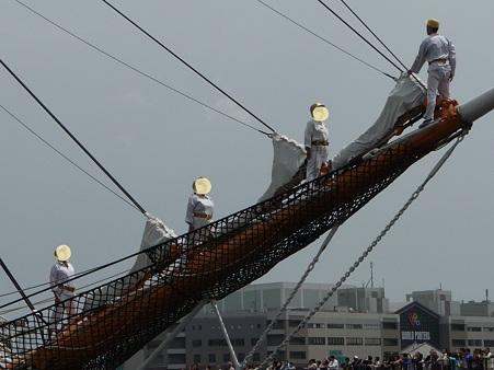100429-日本丸 総帆展帆-33
