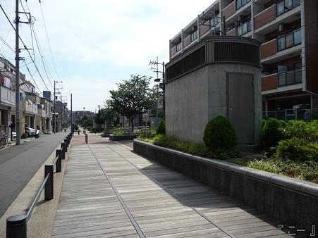 110622-東横廃線 東白楽→反町 (41)
