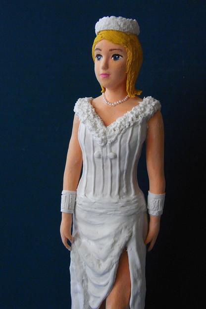 紙粘土人形 オリンポス女神アップ