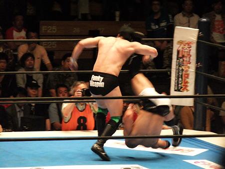 新日本プロレス BEST OF THE SUPER Jr.XIX Bブロック公式戦 田口隆祐vsロウ・キー (6)