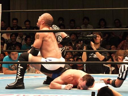 新日本プロレス BEST OF THE SUPER Jr.XIX 準決勝戦 Aブロック2位 プリンス・デヴィット vs Bブロック1位 ロウ・キー (8)