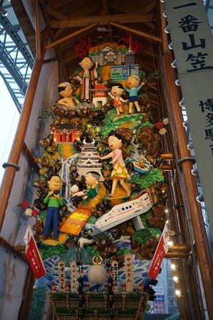 11 2014年 博多祇園山笠 博多駅の飾り山笠 サザエさん (5)