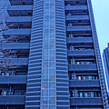 Photos: 切り取り線の多いマンション