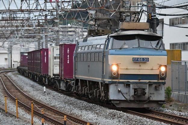 貨物列車 (EF6630)