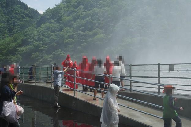 温井ダム放流 (17)