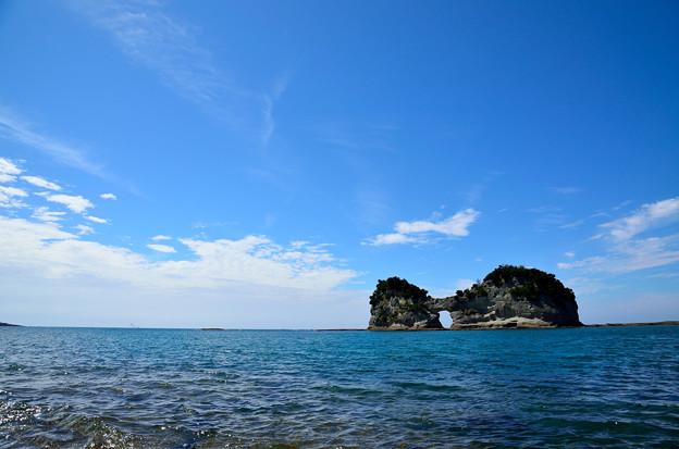 写真: 円月島