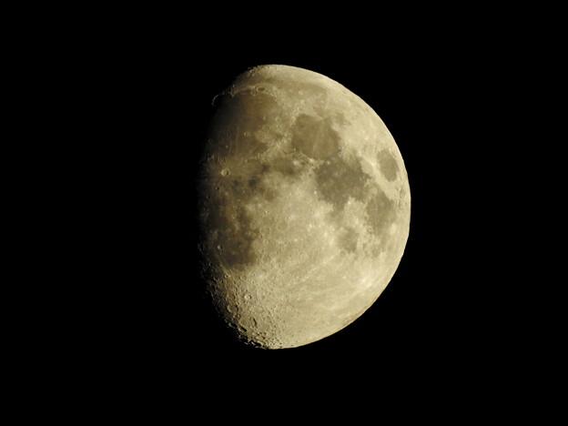 写真: 9月1日の月