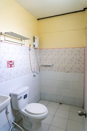 浴室は普通かな