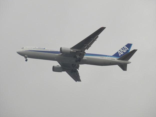 ANA 767-300  JA609A