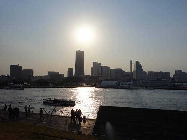 大さん橋より (横浜市中区海岸通)
