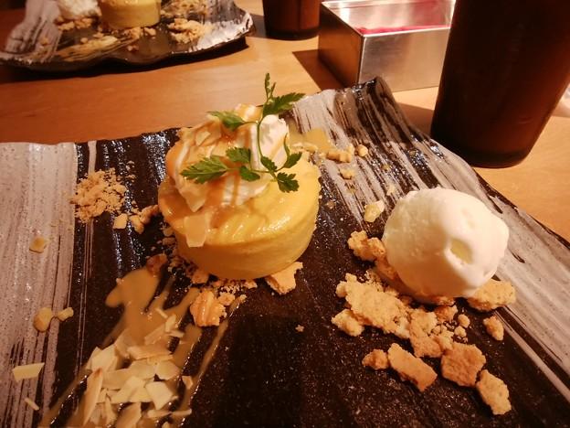 安納芋のケーキ。コブクロトークしながらやと美味しさも倍!