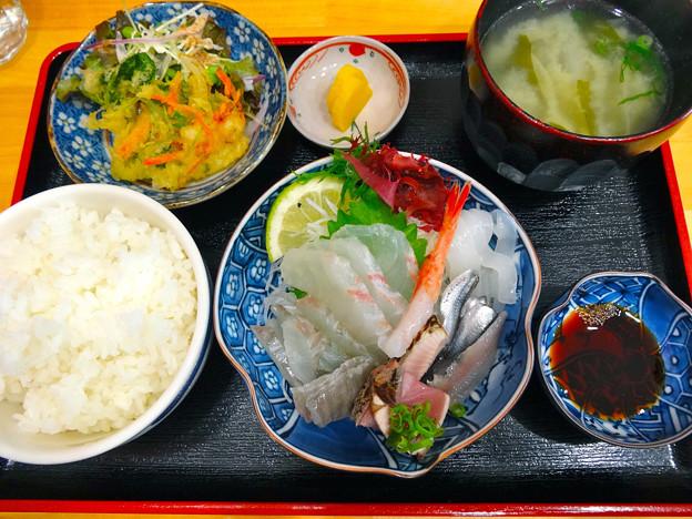鮮魚さかい ランチ 木金限定 刺身定食 呉市本通6丁目
