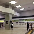 写真: JR広島駅 南口1階 中央口階段 2017年5月23日