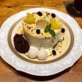 Photos: 紙屋町パーラー まるまるシフォン きなこと黒胡麻 chiffon cake 広島市中区基町 パセーラ5F