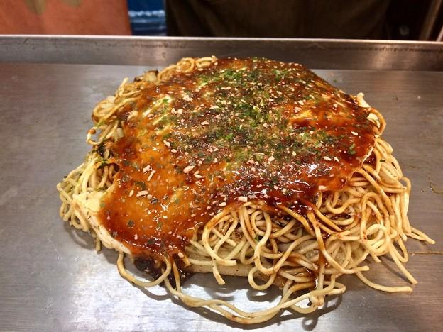 こっちじゃん お好み焼き肉玉そば okonomiyaki 広島市南区松原町 ひろしまお好み物語 駅前ひろば