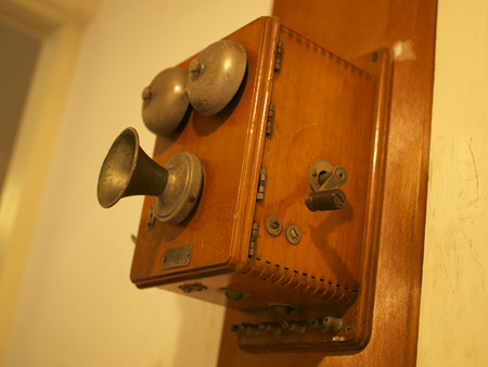 和室の電話