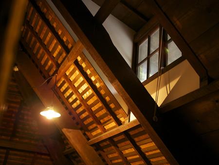 屋根裏の明り取り