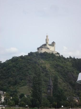 ライン川から見たマルクスブルク城