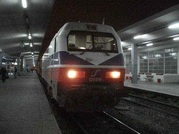 ベオグラード行き列車(テッサロニキ駅)
