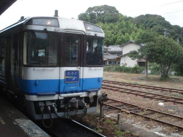 海部行き普通列車(牟岐駅)(1)