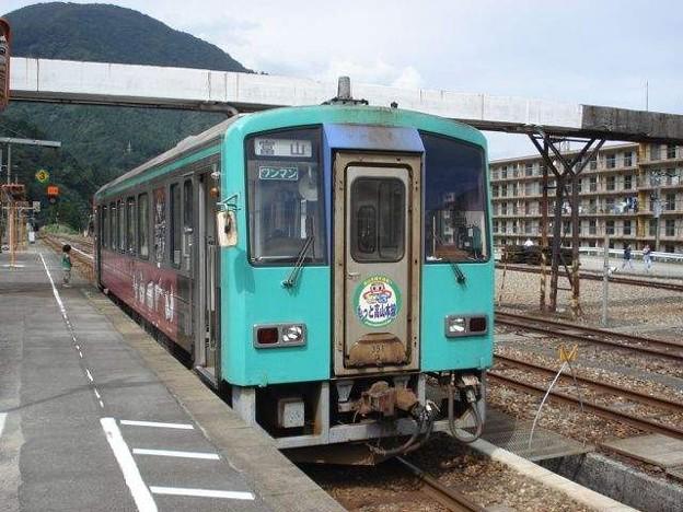 富山行き普通列車(猪谷駅)