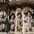 写真: 珠玉のヒンドゥー彫刻 Sophisticated sculptures