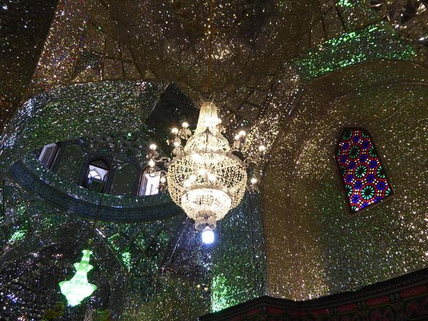 煌めく星:聖廟の鏡モザイク張り~シラーズ Mirror mosaics